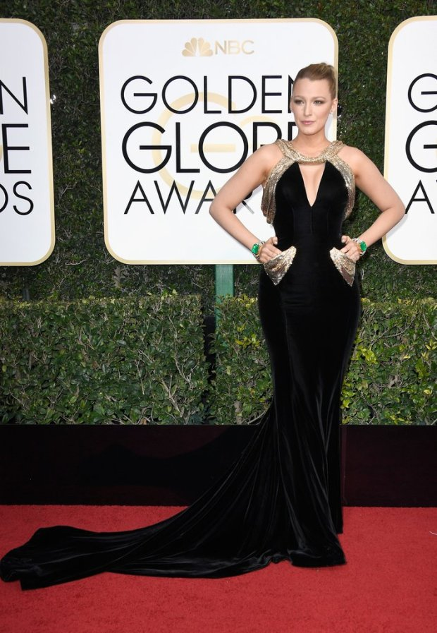 blake_lively_golden_globe_awards_2017