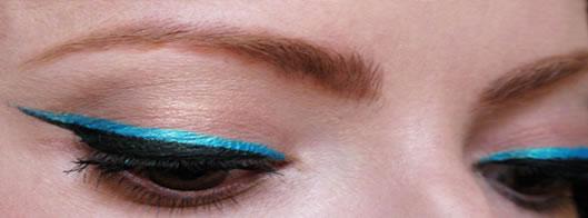 dica-de-maquiagem-delineador-colorido-azul-2013-katy-perry-5